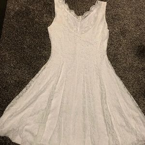 Dresses & Skirts - White lace dress